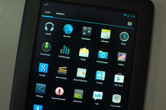 CyanogenMod 10 running on the Nook Color